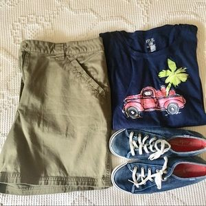 Kim Rogers Flat Front Cotton Army Green Shorts 12
